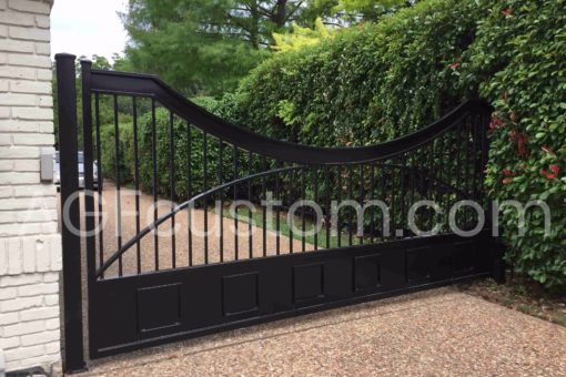 automatic metal gate