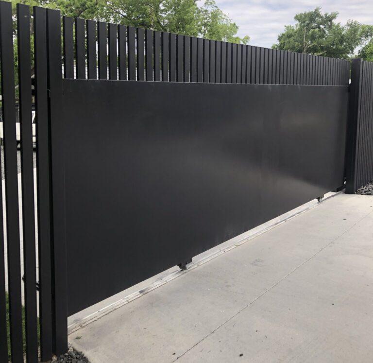 metal slide gate